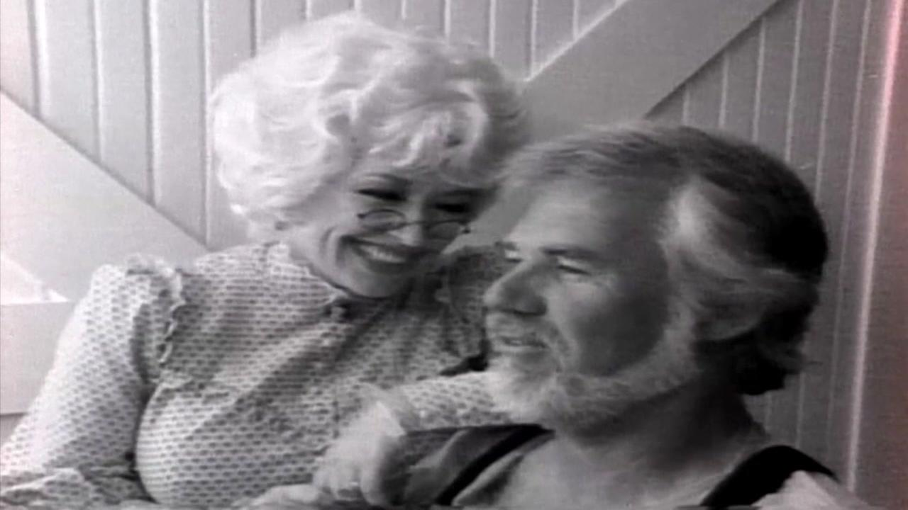 This is an undated image of Dolly Parton and Kenny Loggins.