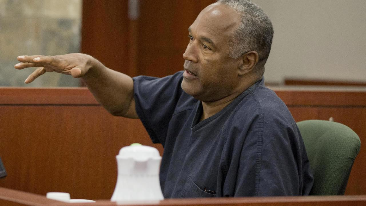 O.J. Simpson testifies during an evidentiary hearing in Clark County District Court, Wednesday, May 15, 2013 in Las Vegas. (AP Photo/Julie Jacobson, Pool)