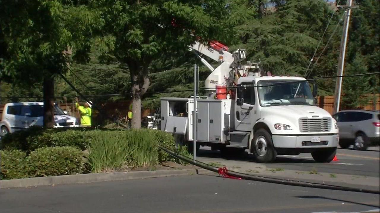 Low hanging wires close roadways in Walnut Creek for second time