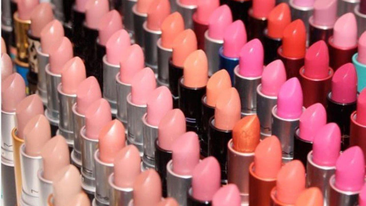 MAC Cosmetics giving out free lipstick on Saturday