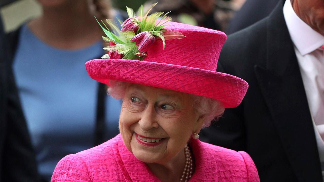 Britains Queen Elizabeth II shows her enjoyment during day three of the Royal Ascot race meeting at Ascot Racecourse, England, Thursday June 22, 2017.