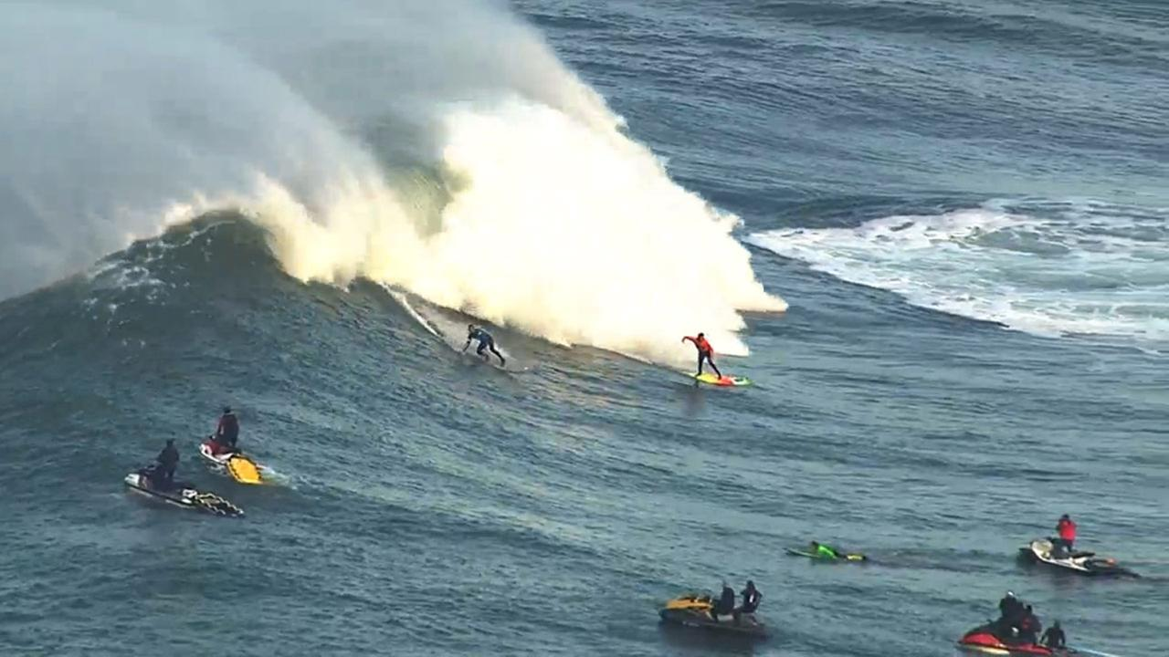 Mavericks surf competition