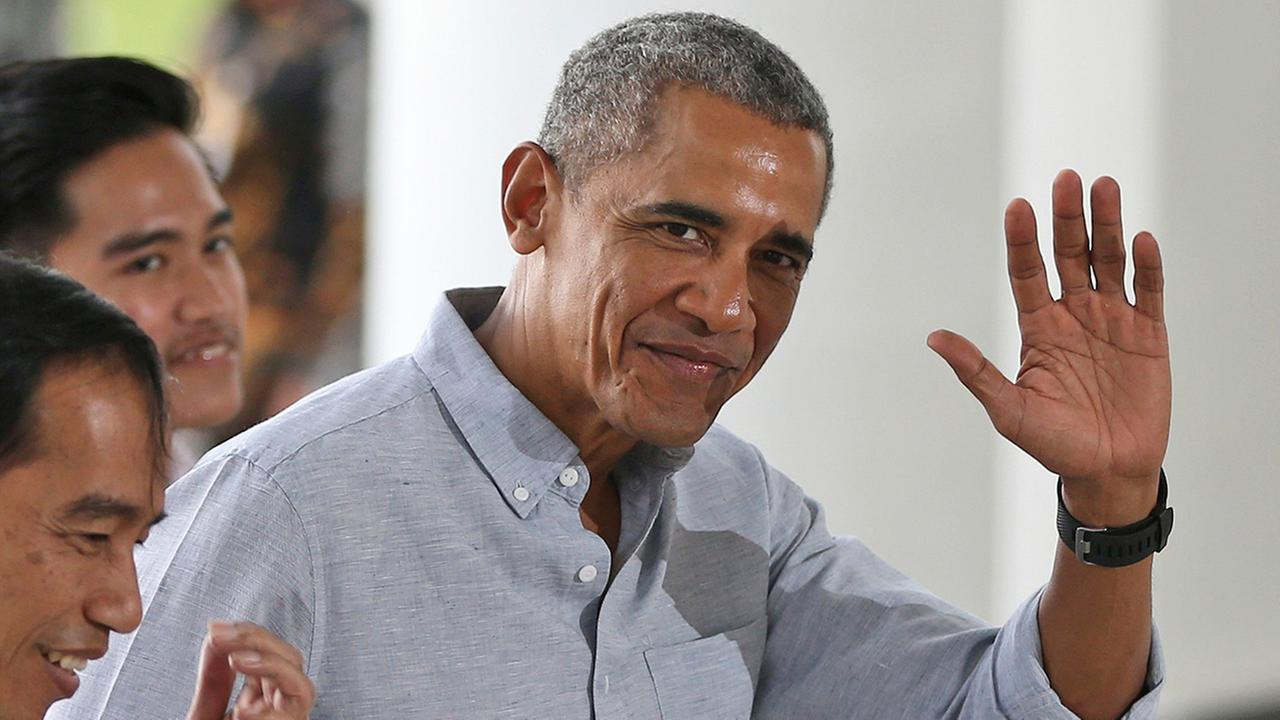 Obama, now a private citizen, plans to serve on jury duty