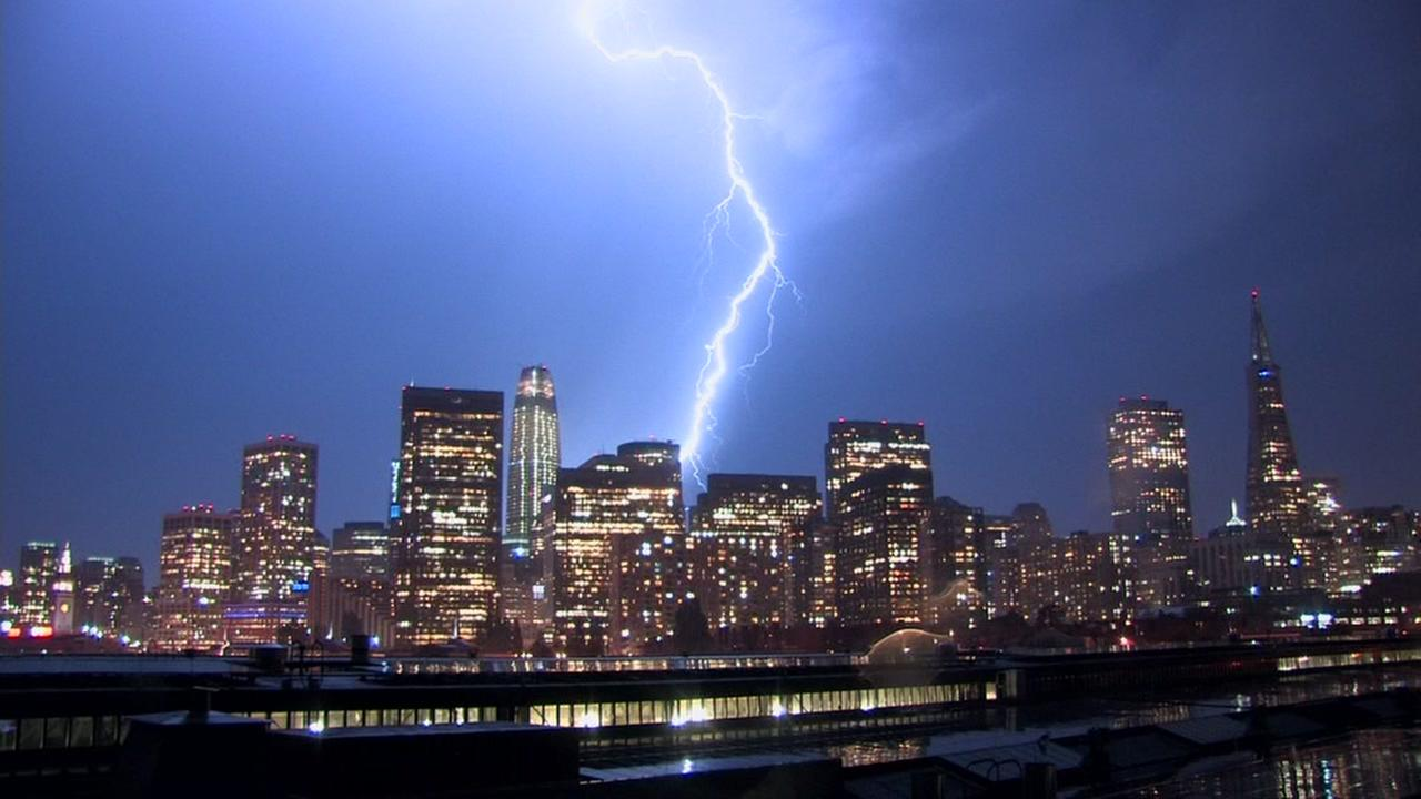 Over 800 Lightning Strikes Recorded In The Bay Area In One Day