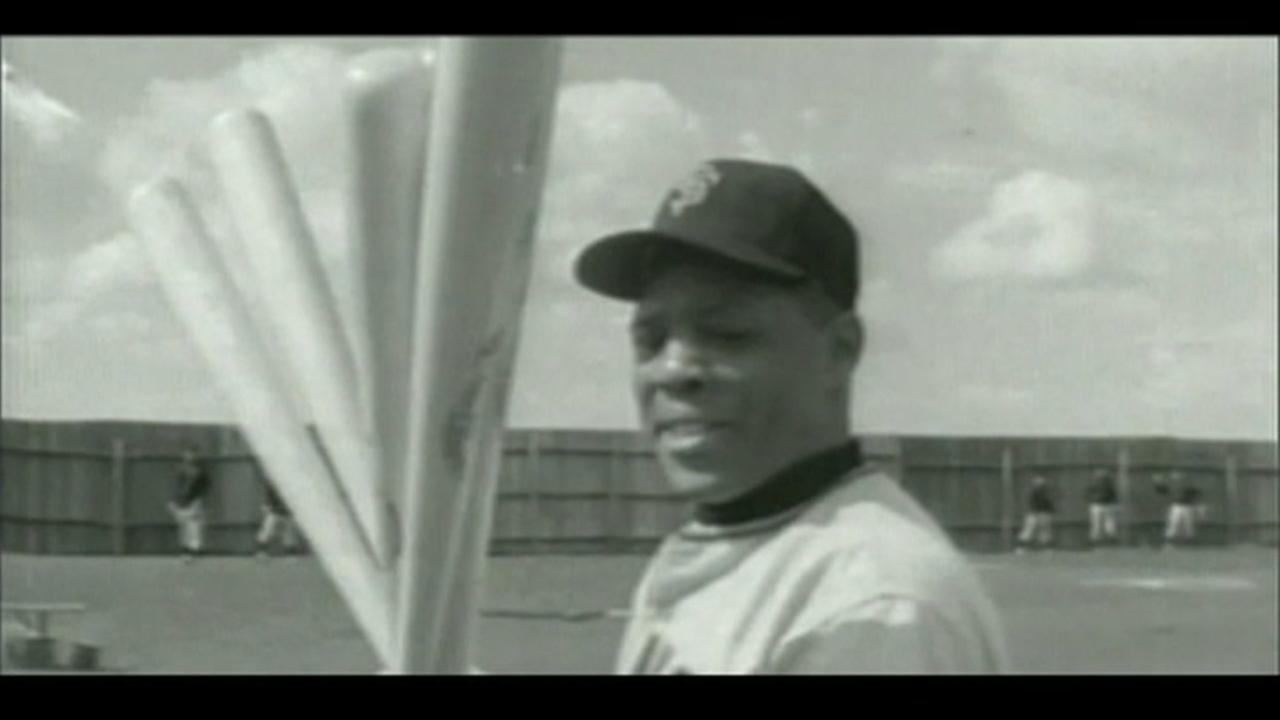 This is an archival image of baseball legend Willie Mays.