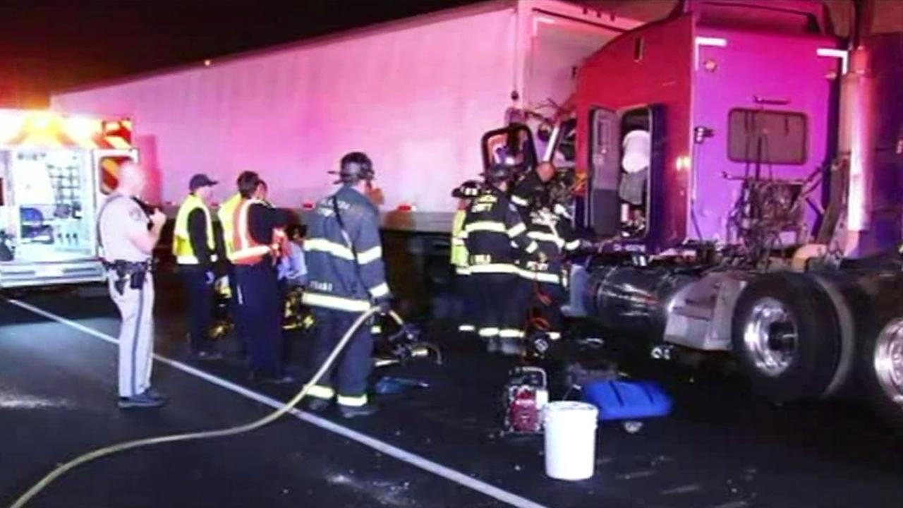Big rig accident on Highway 880 in San Leandro