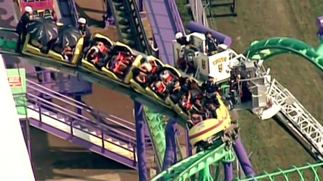 24 people stuck on roller coaster at Six Flags in Maryland