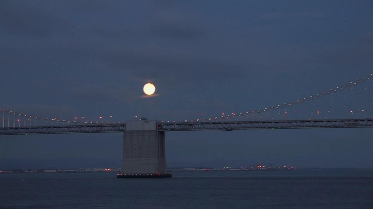 Supermoon as seen on August 10, 2014 over the Bay Bridge.
