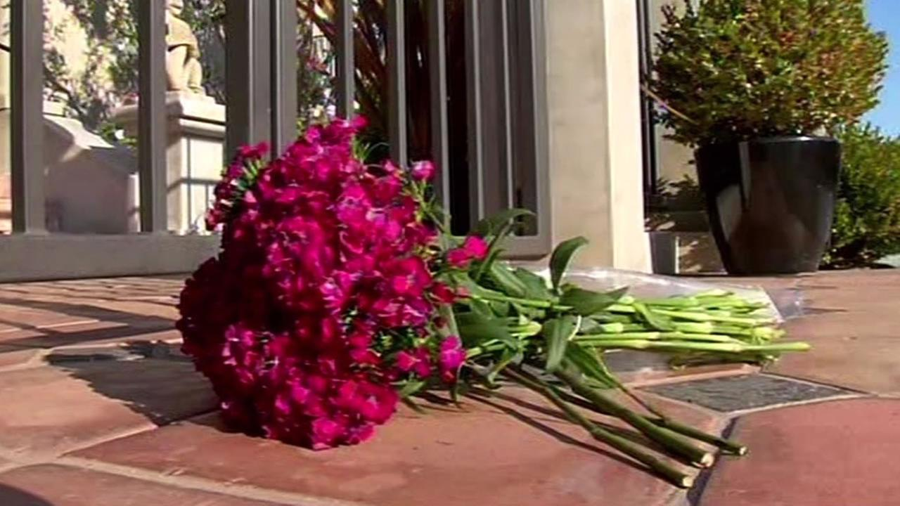 Flowers outside Robin Williams Tiburon home
