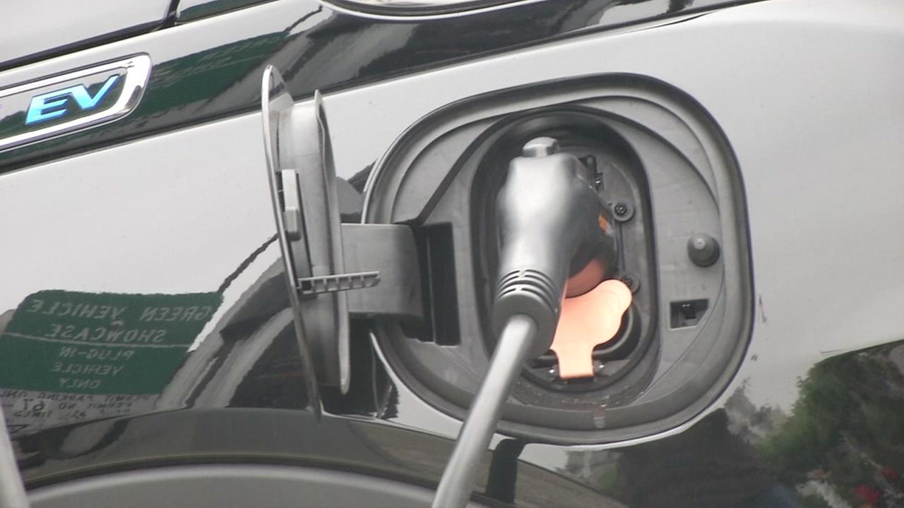 California drivers to pay 12 cents more per gallon November 1