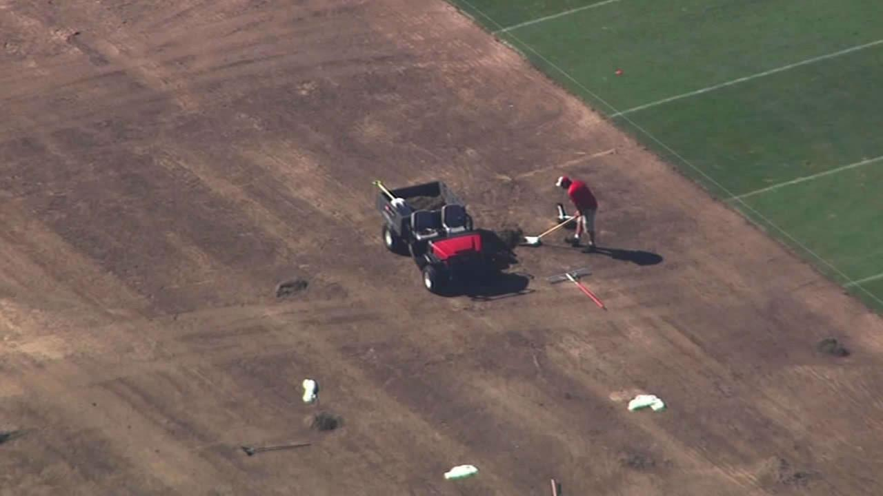 Levis Stadium plagued by turf issues <span class=meta>(Sky7 HD)</span>