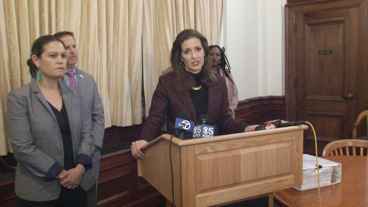 Oakland Mayor, Striking City Workers Open to Mediation