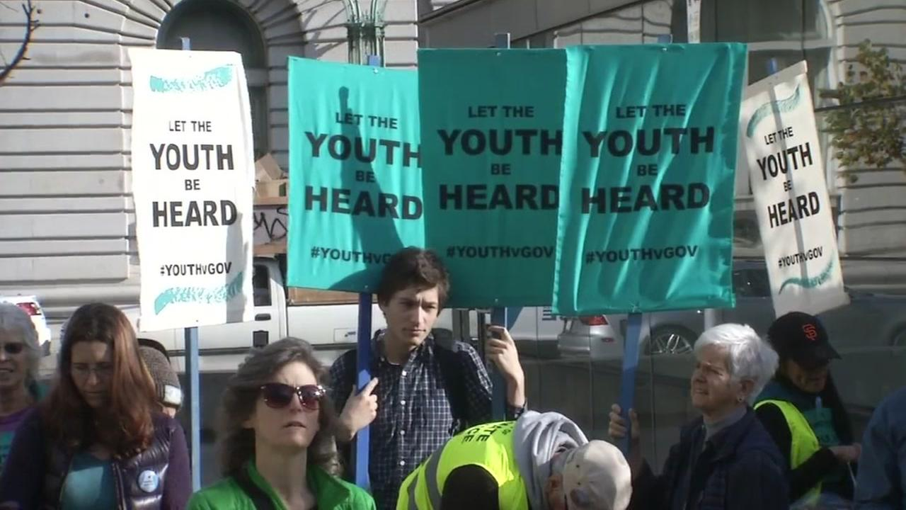 Young people protest at San Franciscos 9th Circuit Court over climate change on Monday, Dec. 11, 2017.