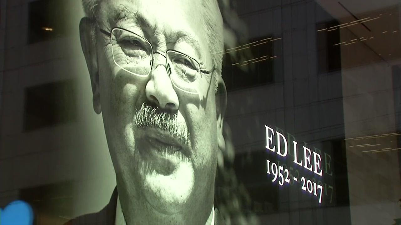 A tribute to San Francisco Mayor Ed Lee appears on the big screens in Salesforce Tower on Tuesday, Dec. 12, 2017.