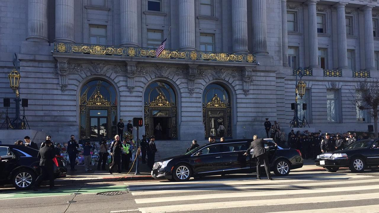San Francisco Mayor Ed Lees family arrives ahead of the memorial service at City Hall on Sunday, Dec. 17, 2017.Elissa Harrington/KGO-TV