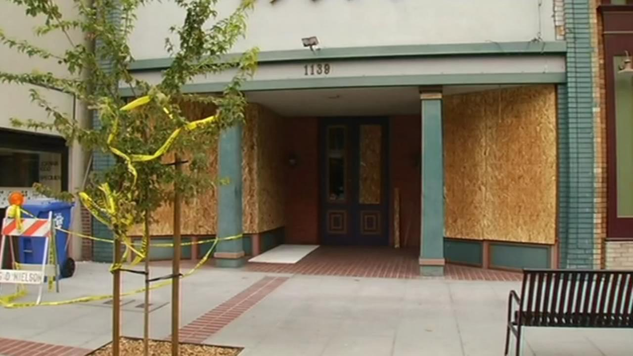 Downtown Napa business damaged in quake, Monday, Aug. 25, 2014. (ABC7 News reporter Matt Keller)