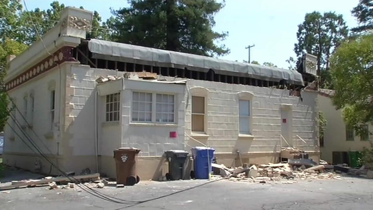 Quake damage in downtown Napa, Monday, Aug. 25, 2014. (ABC7 News reporter Laura Anthony)