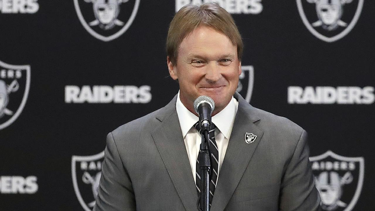 Jon Gruden confirms he will call plays for Raiders