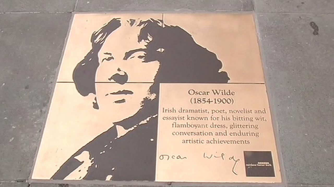 Oscar Wilde plaque in the Castro with a spelling error