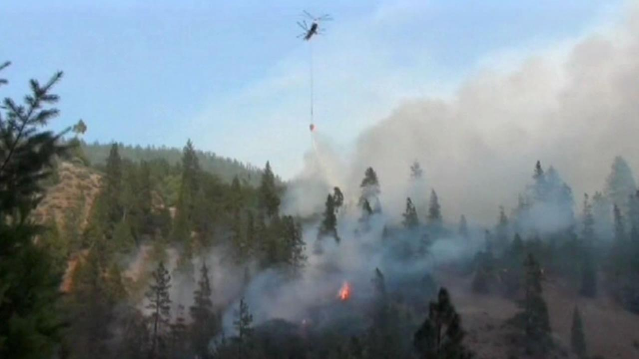 Fire crews issue new evacuation order in Happy Camp wildfire
