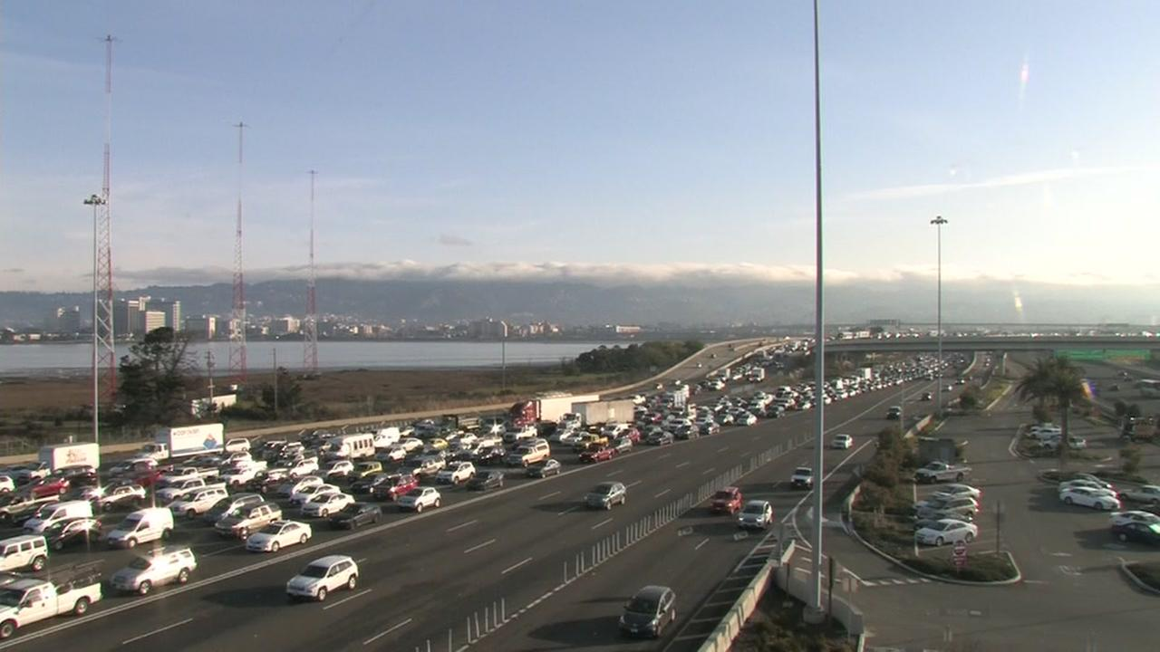 Traffic at the Bay Bridge Toll Plaza, Tuesday, January 23, 2018.