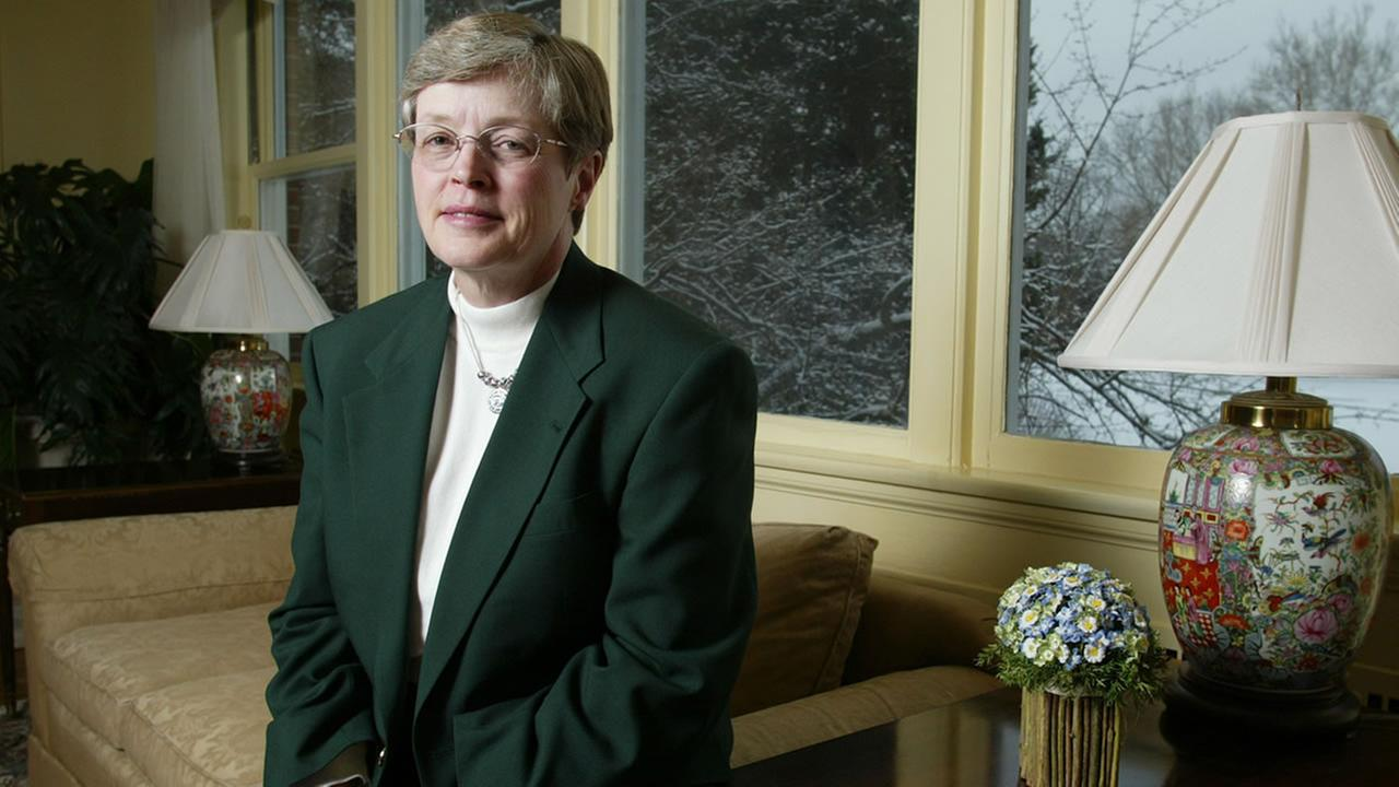 MSU President Lou Anna Simon expected to resign by end of week