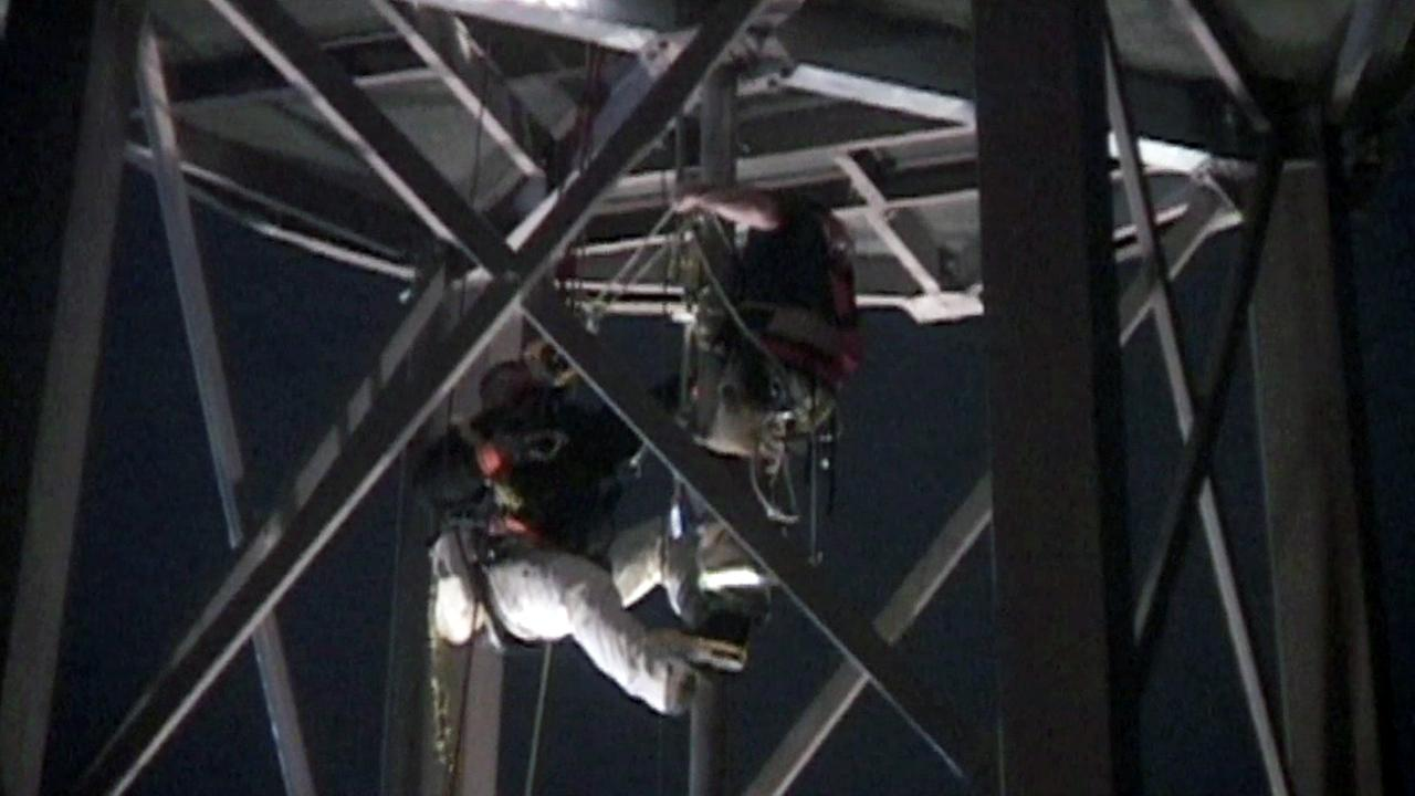 Man rescued from cellphone tower in Penngrove.