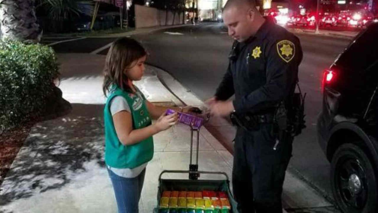 Girl Scouts give out free cookie sto first responders