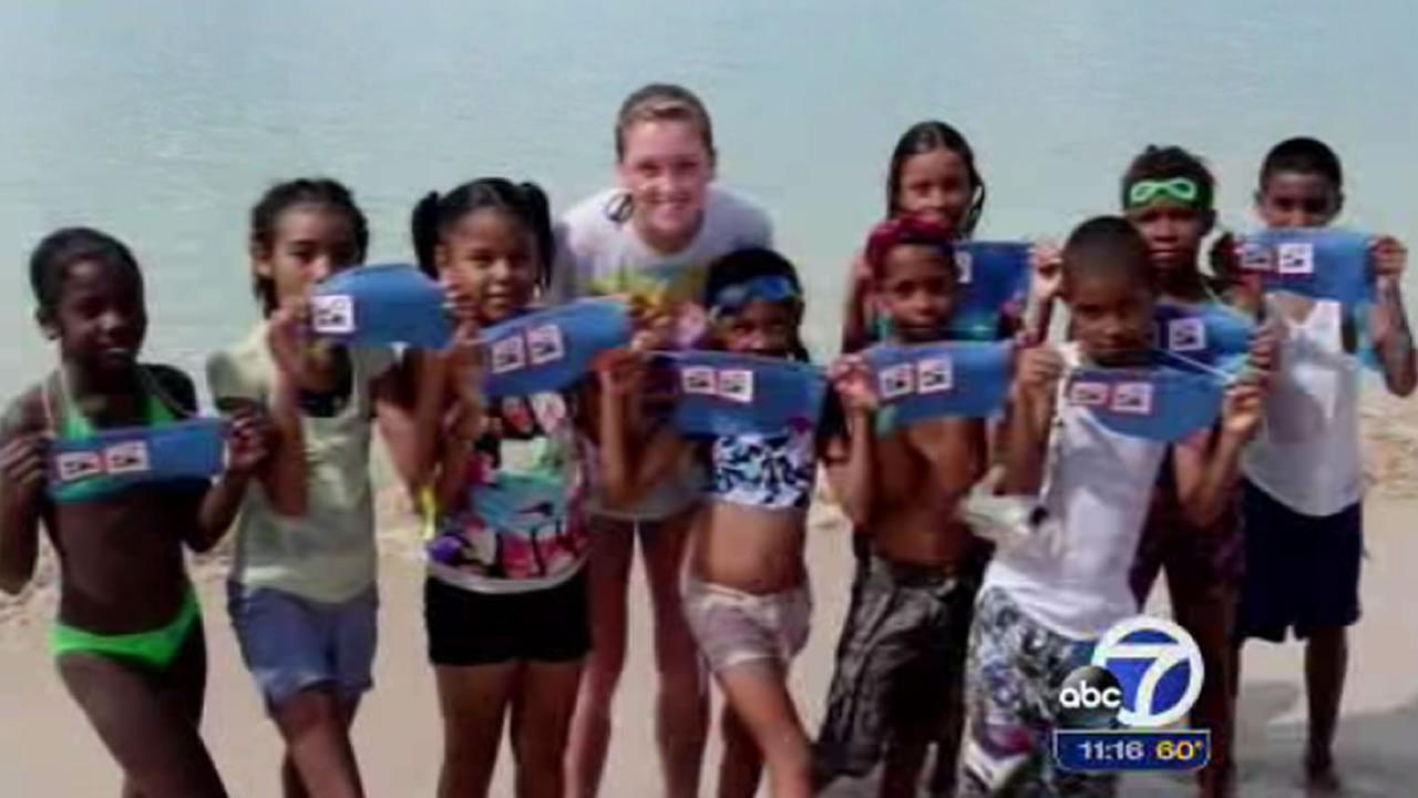 Hannah Richardson with the kids she caught how to swim in Nicaragua