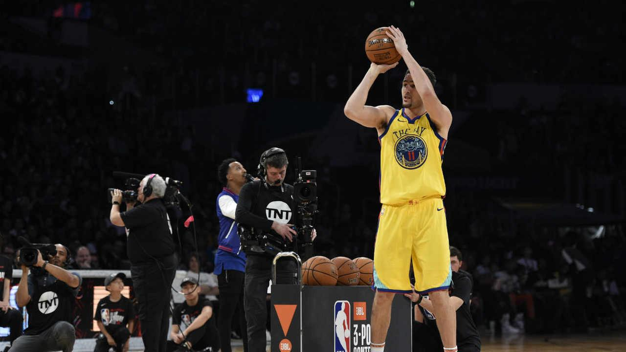 Golden State Warriors Klay Thompson shoots during the NBA All-Star basketball Three Point contest, Saturday, Feb. 17, 2018, in Los Angeles.