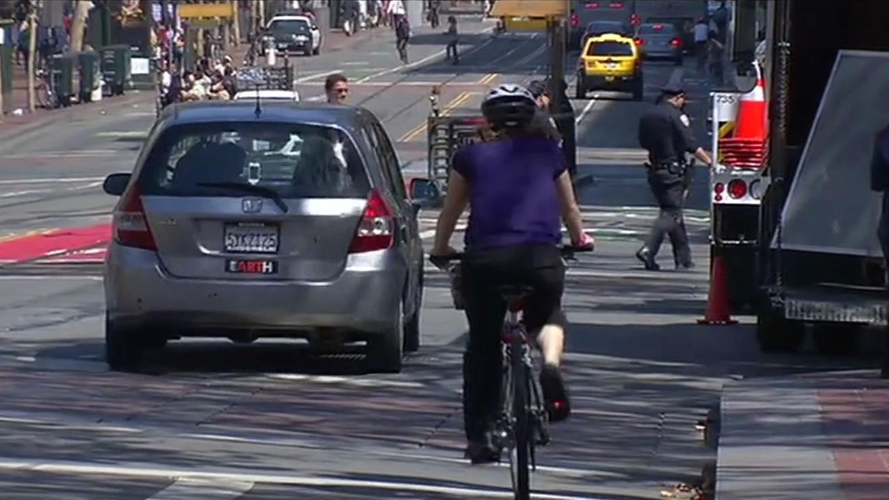 3-foot rule gives bicyclists a cushion against with motorists