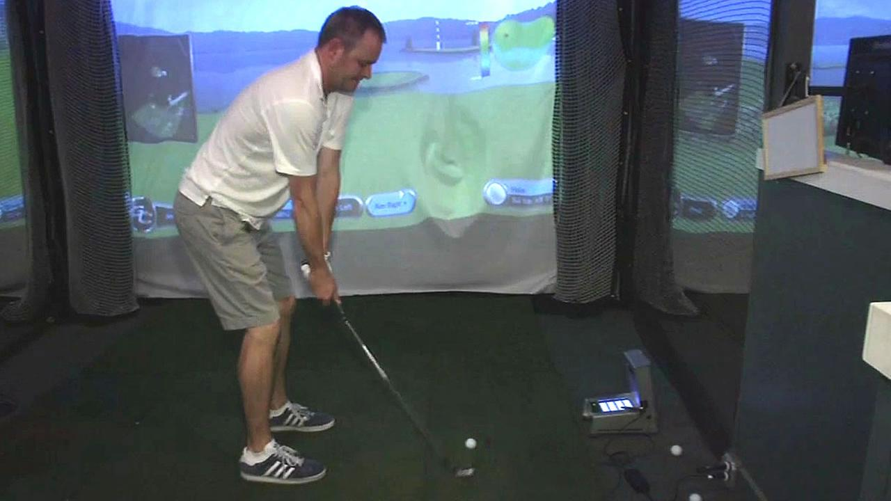 indoor golf at the Eagle Club in San Francisco