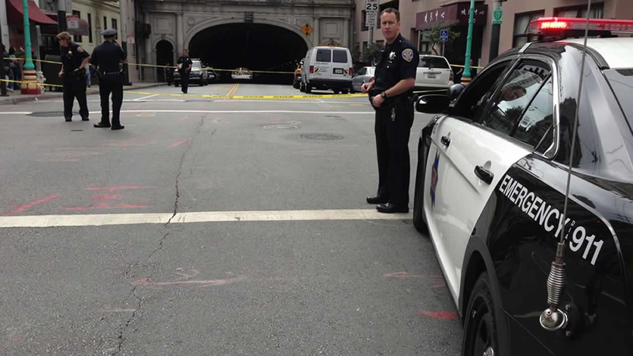 San Francisco police close the Stockton Tunnel to investigate an accident that killed a pedestrian.