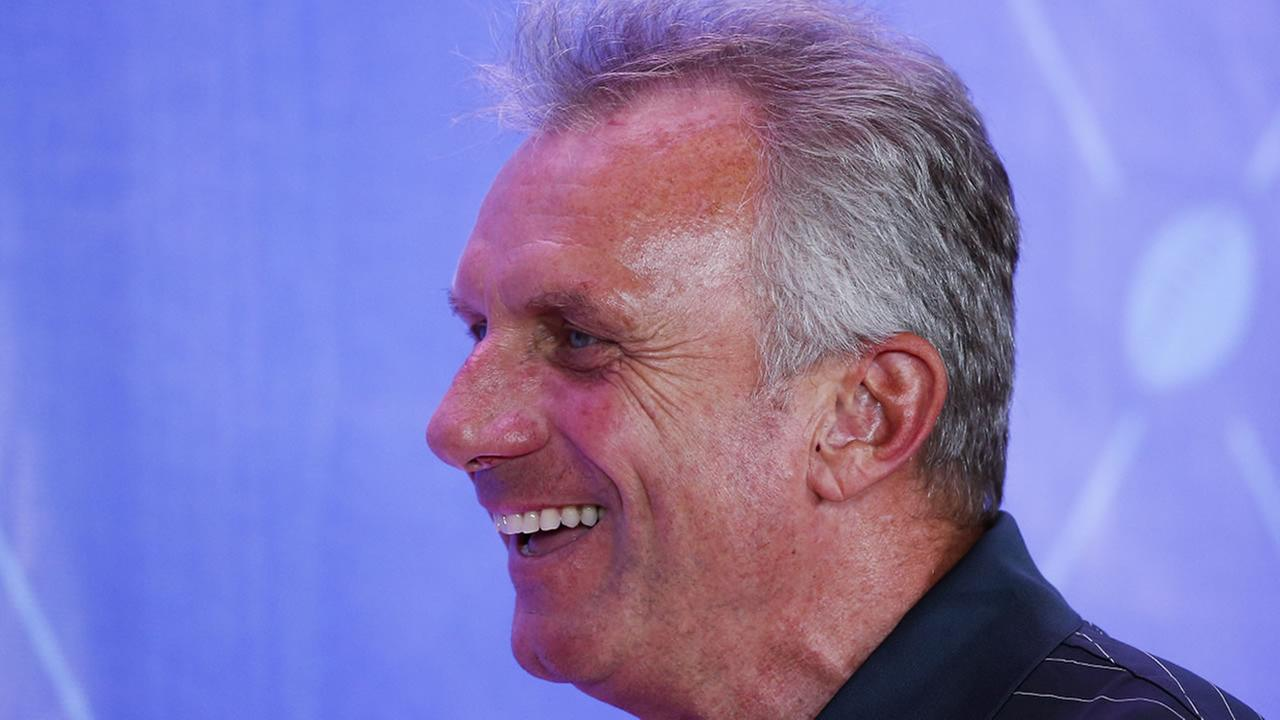 Pro Football Hall of Fame quarterback Joe Montana poses during an induction ceremony at the Pro Football Hall of Fame Saturday, Aug. 6, 2016, in Canton, Ohio.