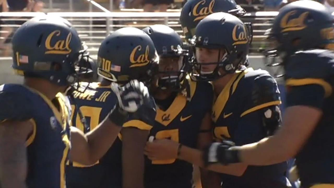 Cal football players