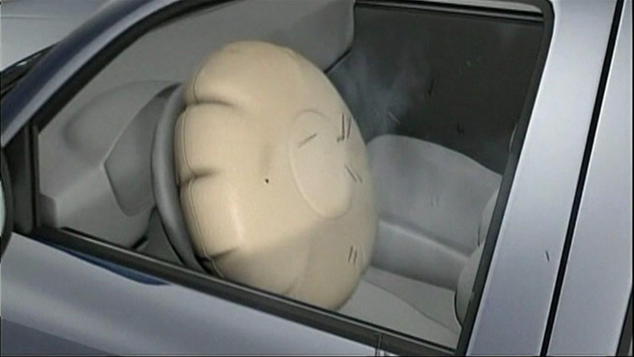 This is an undated image of a simulated Takata airbag.