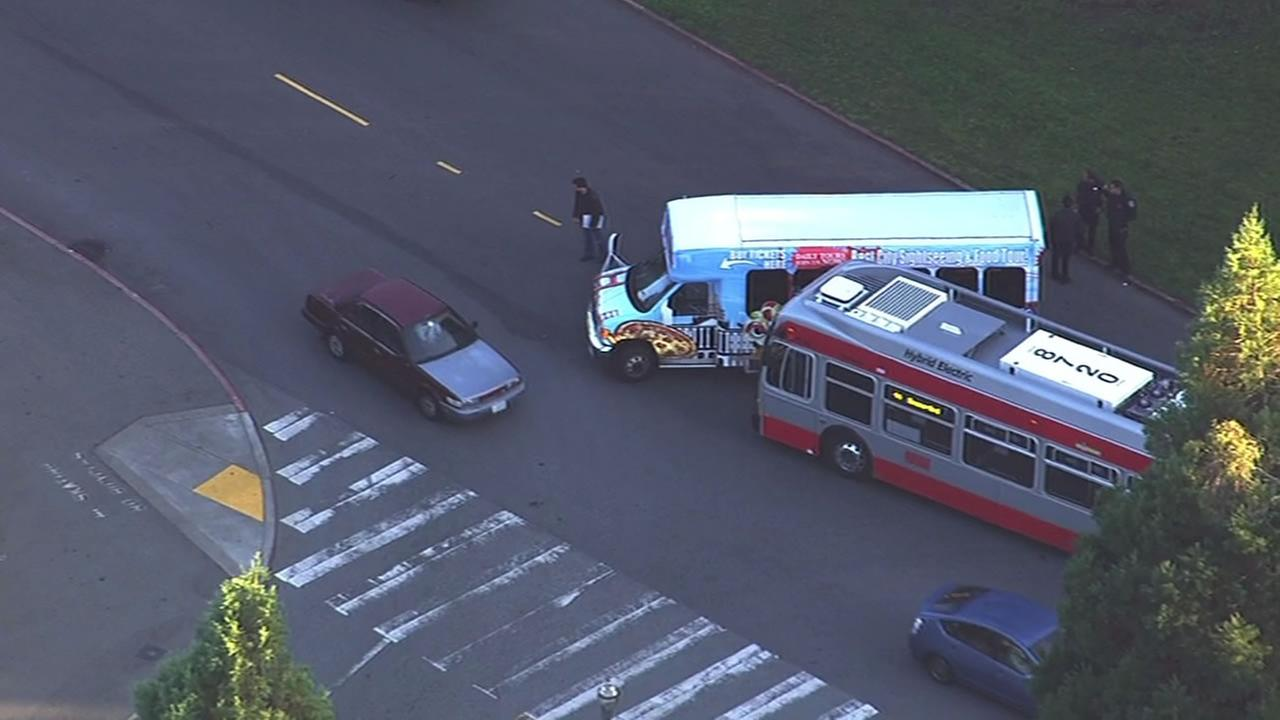 Muni bus involved in accident with tour bus in San Franciscos Golden Gate Park