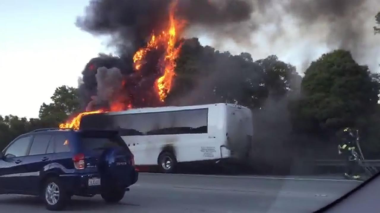 Netflix charter bus caught fire on I-280 in Daly City