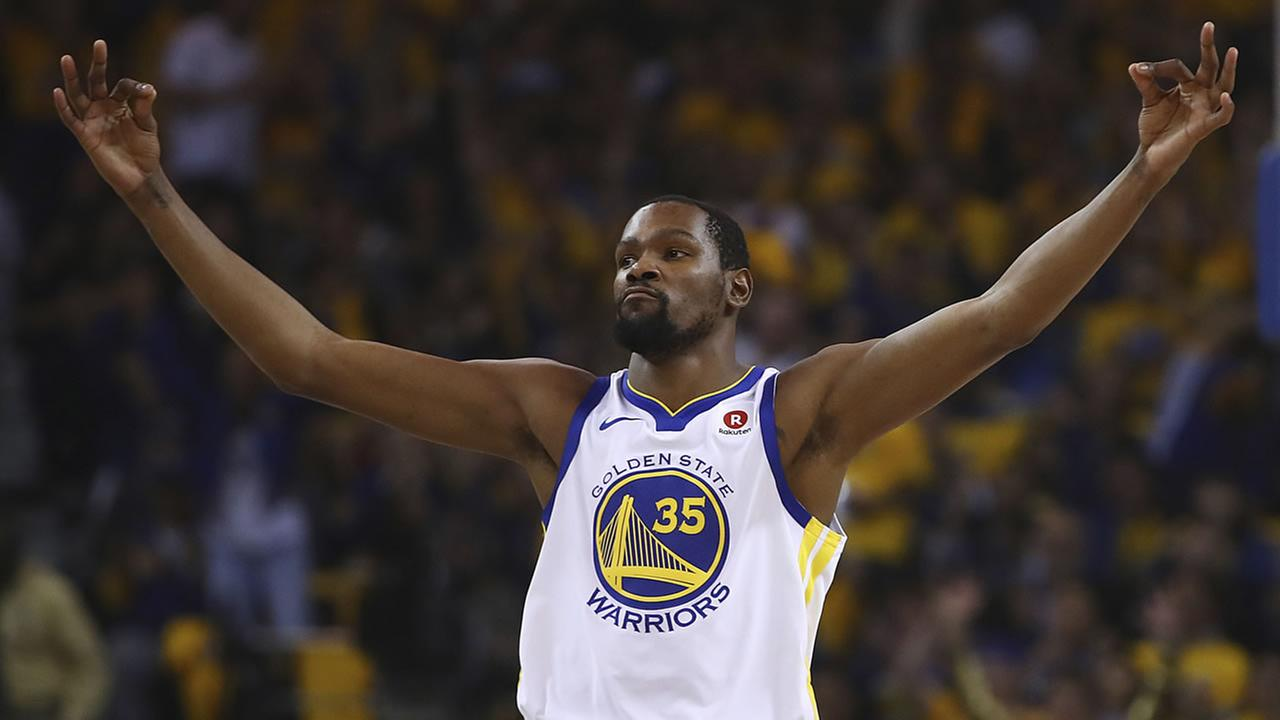 Kevin Durant celebrates a big shot during an NBA Playoff game against the San Antonio Spurs on Tuesday, April 24, 2018.