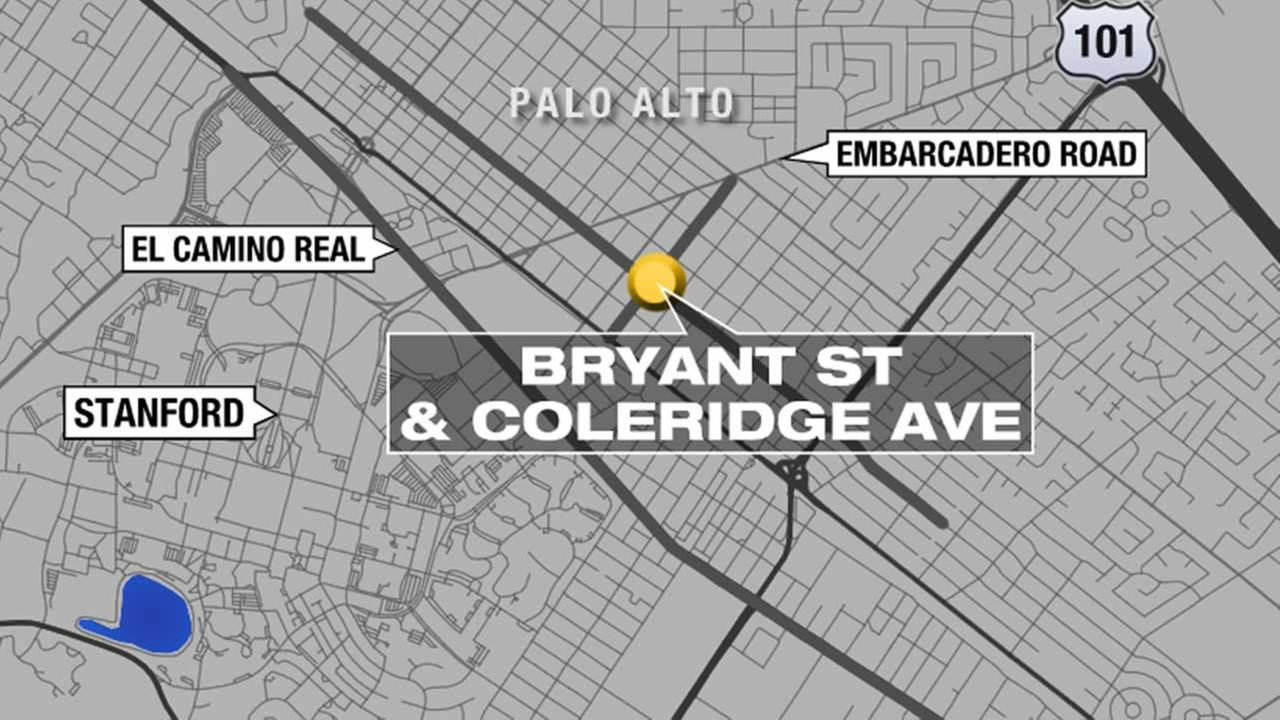 Palo Alto police are looking for a man who exposed himself to a juvenile girl in the 1600 block of Bryant Street about 4:47 p.m. on Monday afternoon.