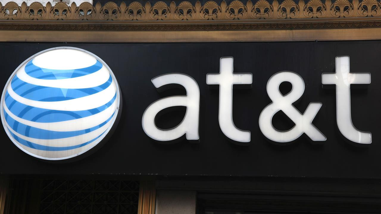AT&T agreed to pay $105 million to settle charges by the Federal Trade Commission.