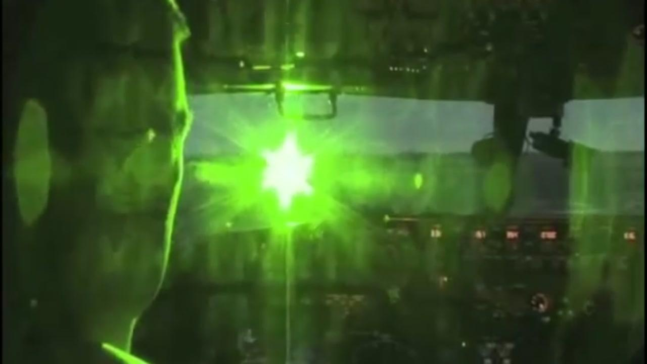This flight safety video from the FAA shows how a laser strike can affect the pilot of an airplane.