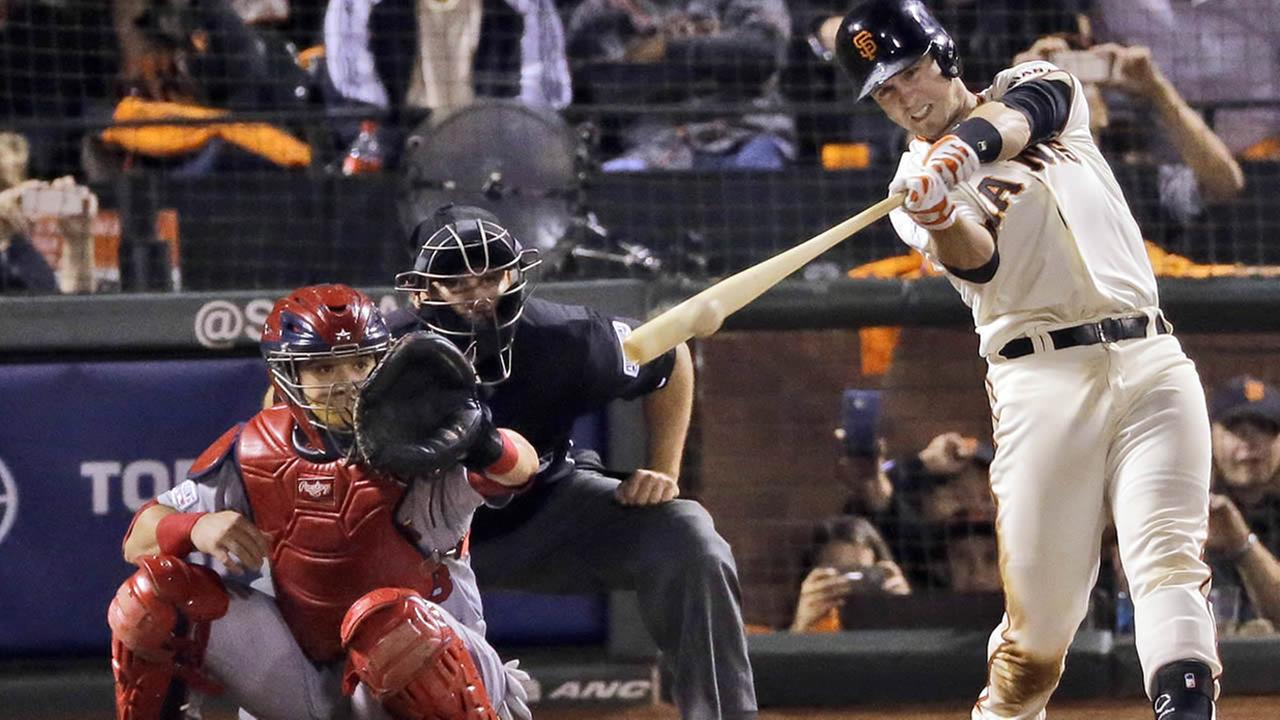San Francisco Giants Buster Posey hits