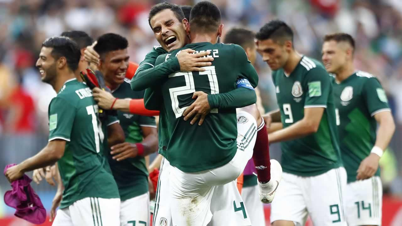 Mexico players celebrate after winning the group F match between Germany and Mexico at the 2018 soccer World Cup in the Luzhniki Stadium in Moscow, Russia, Sunday, June 17, 2018.