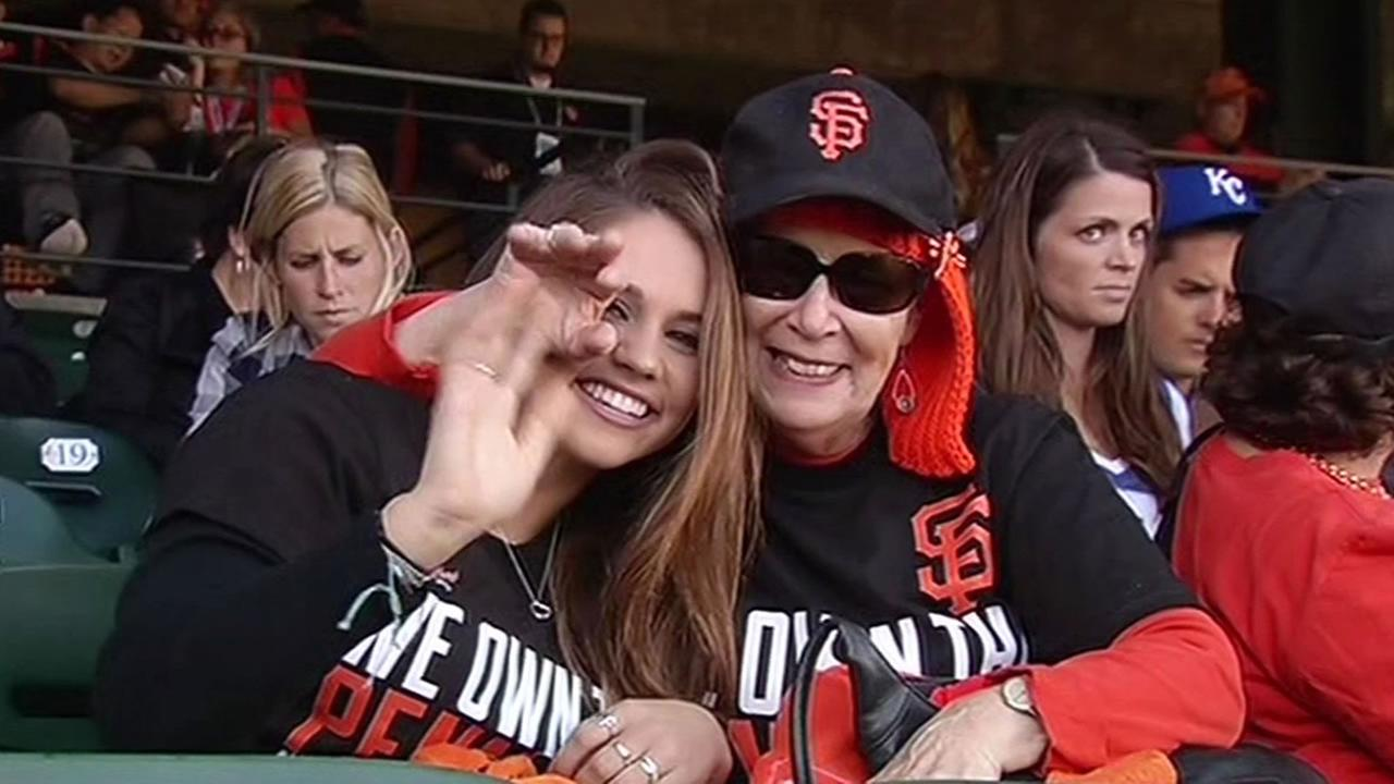 fans in AT&T Park