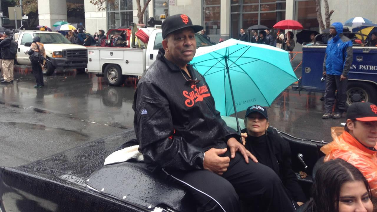 Orlando Cepeda celebrating during the San Francisco Giants 2014 Victory Parade in San Francisco, October 31, 2014. (ABC7 News)