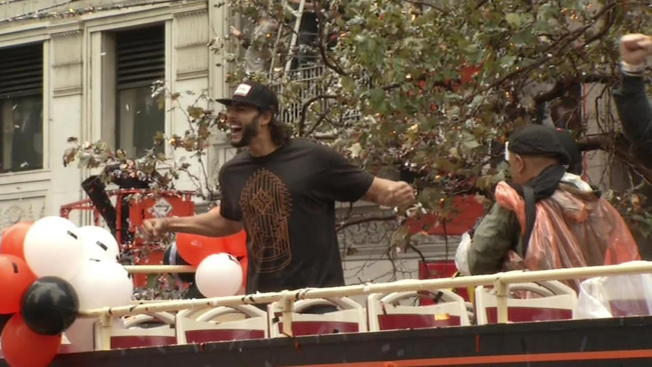 Michael Morse celebrating during the San Francisco Giants 2014 Victory Parade in San Francisco, October 31, 2014. (ABC7 News)