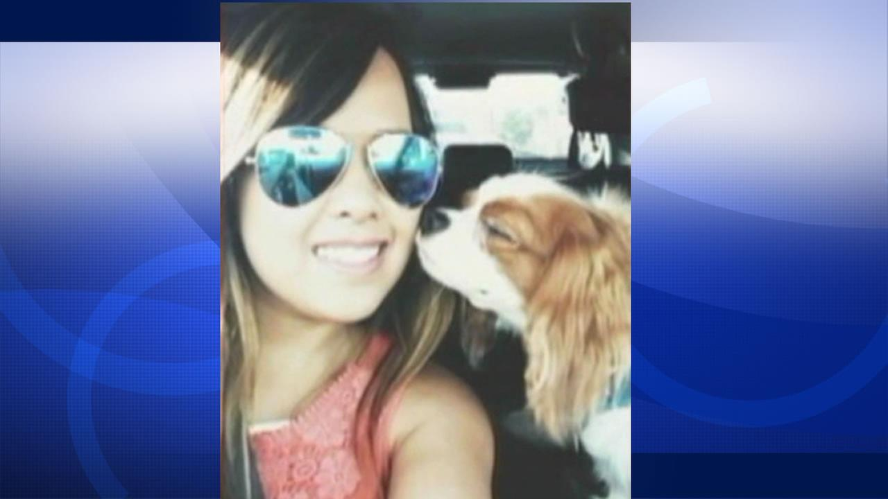Nina Pham has been reunited with her dog Bentley.