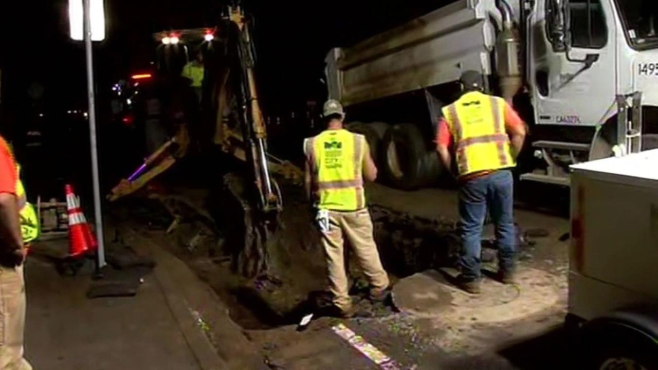 Napa city crews work to repair water main break
