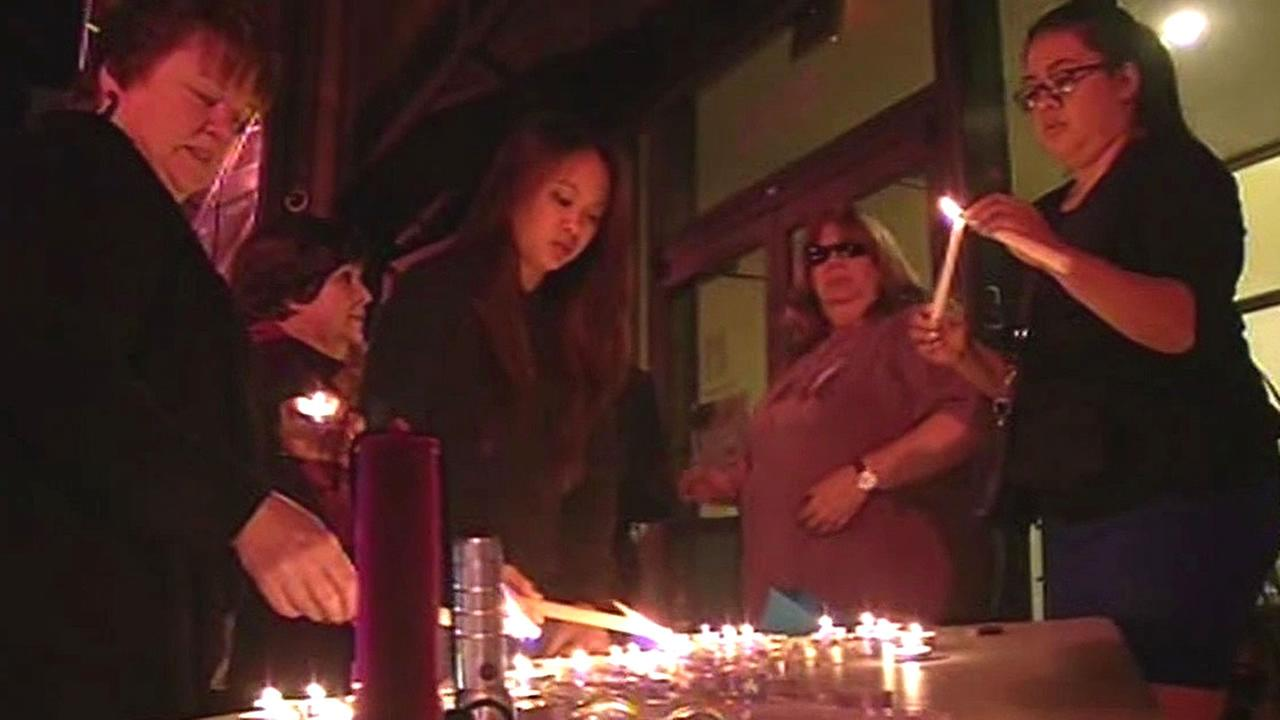 Candlelight vigil held for Mithaq Salem
